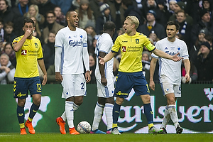 Johan Larsson, anf�rer (Br�ndby IF), Mathias Zanka J�rgensen (FC K�benhavn)