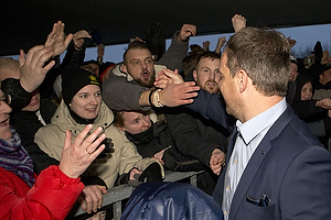 Glade fans modtager Alexander Zorniger, cheftr�ner (Br�ndby IF)