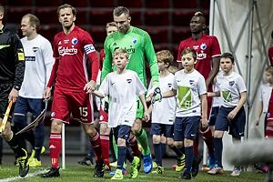Mikael Antonsson, anf�rer (FC K�benhavn), Stephan Andersen (FC K�benhavn)