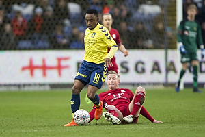 Lebogang Phiri (Br�ndby IF), Uidentificeret person (Lyngby BK)