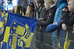 Fans med flag ved Sydsiden