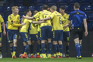 Zsolt Kalm�r (Br�ndby IF), Gregor Siko�ek (Br�ndby IF), Benedikt R�cker (Br�ndby IF), Hj�rtur Hermannsson (Br�ndby IF)