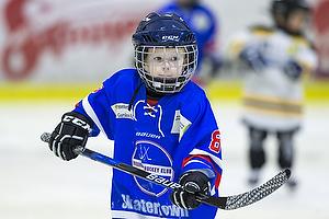 To weekender i tr�k har jeg fulgt de helt yngste ishockeyspillere.