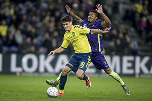 Christian N�rgaard (Br�ndby IF), Uidentificeret person (FC Midtjylland)