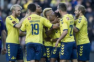 Johan Larsson (Br�ndby IF), Christian N�rgaard (Br�ndby IF), Lebogang Phiri (Br�ndby IF), Kamil Wilczek (Br�ndby IF), Teemu Pukki (Br�ndby IF)