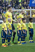 Benedikt R�cker (Br�ndby IF), Johan Larsson, anf�rer (Br�ndby IF)