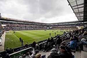 Fyldt Br�ndby Stadion