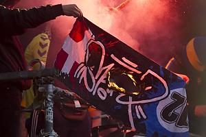 FCK-banner br�ndes af br�ndbyfans