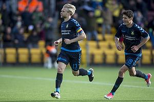 Johan Larsson, m�lscorer (Br�ndby IF), Christian N�rgaard (Br�ndby IF)