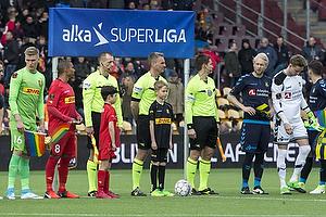Patrick Mtiliga, anf�rer (FC Nordsj�lland), Jakob Kehlet, dommer, Johan Larsson, anf�rer (Br�ndby IF)