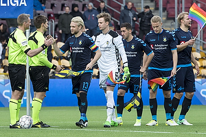 Jakob Kehlet, dommer, Johan Larsson, anf�rer (Br�ndby IF), Frederik R�nnow (Br�ndby IF), Frederik Holst (Br�ndby IF), Hj�rtur Hermannsson (Br�ndby IF)