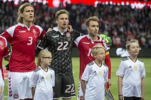 Jannik Vestergaard (Danmark), Frederik R�nnow (Danmark), Christian Eriksen, anf�rer (Danmark)