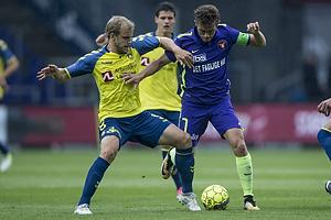 Teemu Pukki (Br�ndby IF), Jakob Poulsen, anf�rer (FC Midtjylland)