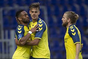 Kevin Mensah, m�lscorer (Br�ndby IF), Jan Kliment (Br�ndby IF), Kasper Fisker (Br�ndby IF)