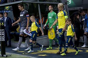 Zoran Nizic, anf�rer (Hajduk Split), Johan Larsson, anf�rer (Br�ndby IF)