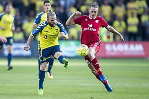 Kasper Fisker (Br�ndby IF), Uidentificeret person (Lyngby BK)