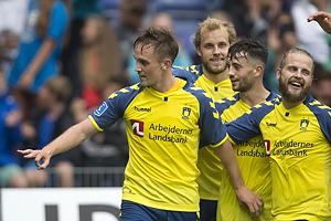 Lasse Vigen Christensen, m�lscorer (Br�ndby IF), Besar Halimi (Br�ndby IF), Kasper Fisker (Br�ndby IF)