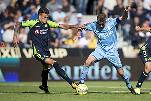 Jan Kliment (Br�ndby IF), Mads Agesen, anf�rer (Randers FC)