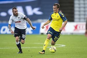 Lasse Vigen Christensen (Br�ndby IF), Martin Spelmann, anf�rer (Agf)