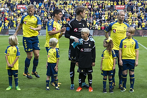 Paulus Arajuuri (Br�ndby IF), Christian N�rgaard (Br�ndby IF), Frederik R�nnow (Br�ndby IF), Johan Larsson (Br�ndby IF)