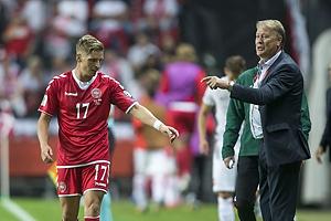 Jens Stryger Larsen (Danmark), �ge Hareide, A-landstr�ner (Danmark)