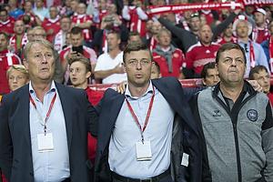 �ge Hareide, A-landstr�ner (Danmark), Jon Dahl Thomasson, assistenttr�ner (Danmark)