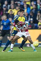 Christian N�rgaard (Br�ndby IF), Edison Flores (Aab)