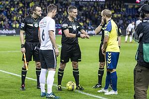 Morten Larsen, anf�rer (Led�je-Sm�rum Fodbold), Teemu Pukki, anf�rer (Br�ndby IF)