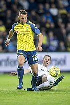 Kamil Wilczek (Br�ndby IF), Morten Larsen, anf�rer (Led�je-Sm�rum Fodbold)