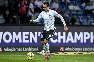 Kristian Jeppe L�vgren Larsen (Led�je-Sm�rum Fodbold)
