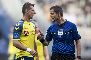 Kamil Wilczek (Br�ndby IF), Anders Poulsen, dommer