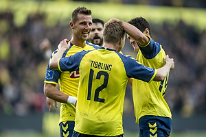 Simon Tibbling, m�lscorer (Br�ndby IF), Christian N�rgaard (Br�ndby IF), Kamil Wilczek (Br�ndby IF)