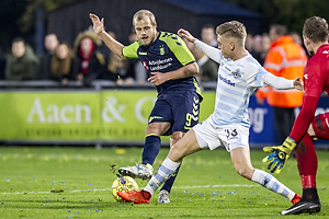 Teemu Pukki (Br�ndby IF), S�ren Henriksen (FC Helsing�r)