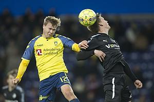 Simon Tibbling (Br�ndby IF), Kasper Enghardt, anf�rer (Randers FC)