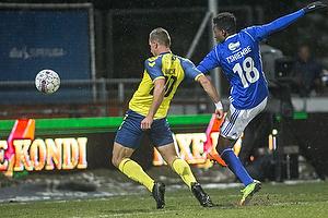 Kamil Wilczek (Br�ndby IF), Kevin Tshiembe (Lyngby BK)