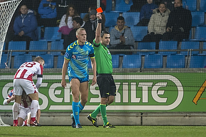 Sandi Putro, dommer, Hj�rtur Hermannsson (Br�ndby IF)