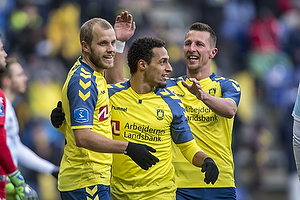 Teemu Pukki (Br�ndby IF), Hany Mukhtar, m�lscorer (Br�ndby IF), Kamil Wilczek (Br�ndby IF)