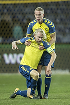 Johan Larsson, anf�rer (Br�ndby IF), Hj�rtur Hermannsson (Br�ndby IF)