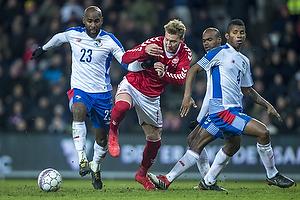Nicklas Bendtner (Danmark), Felipe Balon (Panama)