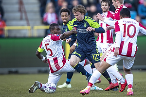 Simon Tibbling (Br�ndby IF), Jores Okore (Aab)