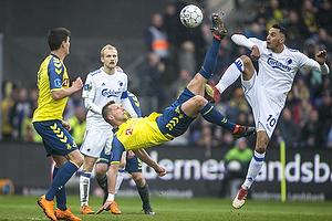 Kamil Wilczek (Br�ndby IF) saksespark, Zeca (FC K�benhavn)