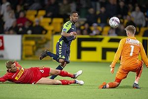 Kevin Mensah (Br�ndby IF), Runar Alex Runarsson (FC Nordsj�lland), Ulrik Ytterg�rd Jenssen (FC Nordsj�lland)