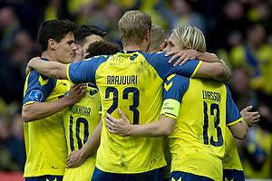 Paulus Arajuuri (Br�ndby IF), Johan Larsson, anf�rer (Br�ndby IF), Christian N�rgaard (Br�ndby IF)
