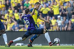 Kamil Wilczek (Br�ndby IF), Erik Sviatchenko (FC Midtjylland)