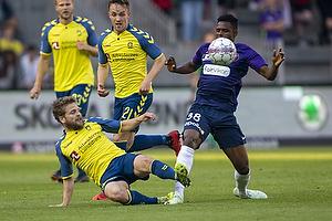 Kasper Fisker (Br�ndby IF), Kasper Risg�rd (Aab), Frank Onyeka (FC Midtjylland)
