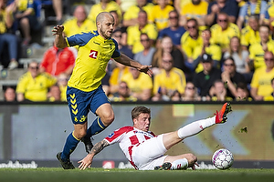 Teemu Pukki (Br�ndby IF), Uidentificeret person (Aab)