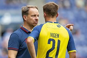 Lasse Vigen Christensen (Br�ndby IF), Alexander Zorniger, cheftr�ner (Br�ndby IF)