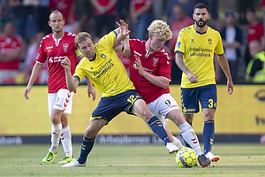 Simon Tibbling (Br�ndby IF), Tobias M�lgaard (Vejle BK)