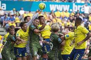 Kamil Wilczek (Br�ndby IF), Mikael Uhre (Br�ndby IF), Nicolai Larsen (FC Nordsj�lland)