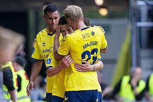 Ante Erceg, m�lscorer (Br�ndby IF), Paulus Arajuuri (Br�ndby IF), Joel Kabongo (Br�ndby IF)